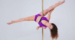 Move 1: Elbow Hook Straddle Split